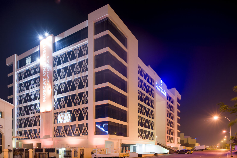 Muscat University - Hoehler + alSalmy